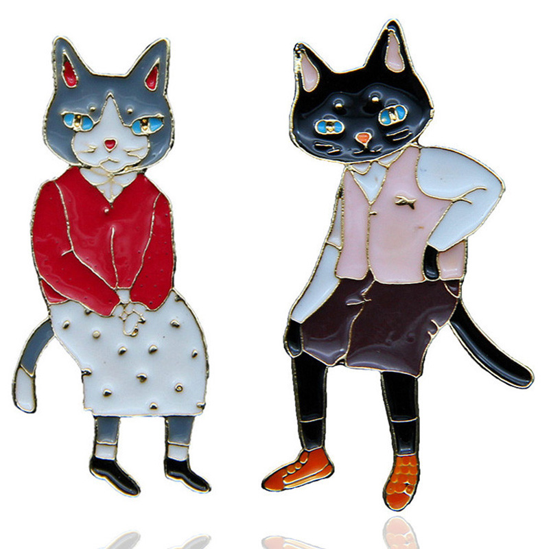 New Fashion Cartoon Enamel Brooches Pins Couple Rabbit/Cat Badges Cute Animal Backpack Bag Pins Badges For Women Jewelry Gifts