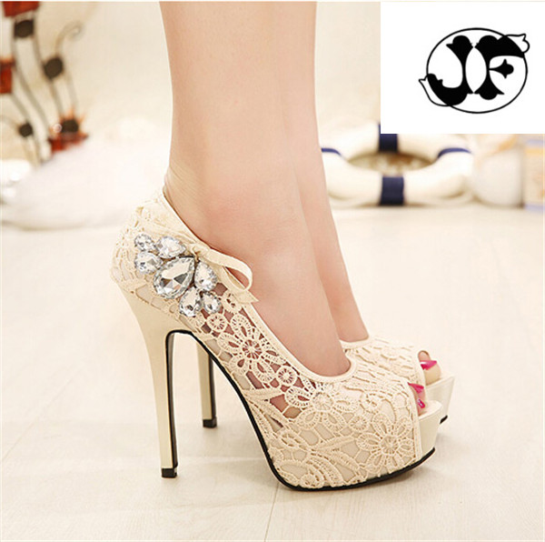 цена на 2016 NEW European Brand Ladies Sexy Rhinestone Lace Wedding Shoes High Heels Platform Pumps for women sapatos femininos 35-41