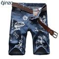 Los hombres de verano de dibujos animados impreso longitud de la rodilla pantalones cortos de mezclilla Masculino ocasional delgado agujero rasgado denim jeans Capri