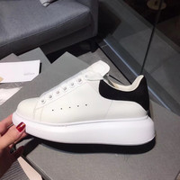 Обувь на плоской подошве, женские повседневные кроссовки, женские мокаcины на платформе, обувь без шнуровки для женщин, роскошные брендовые