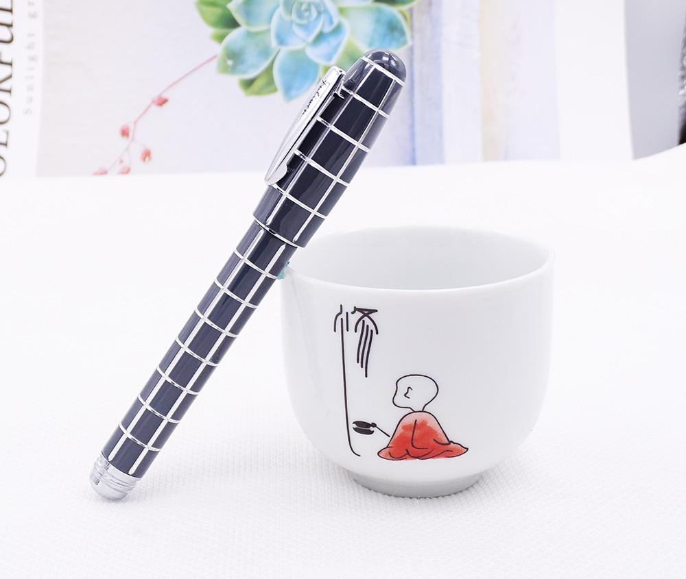 Fuliwen 2062 Resin Fountain Pen, Fashion Travel Short Pocket Pen , Fine Nib 0.5mm Beautiful Square Lattice Pattern Writing Pen