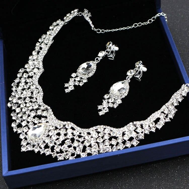 Alexzendra Wedding Jewelry Heart Shape Classic India Style Bridal Necklace Luxury Crystal Rhinestones Jewelry for Women