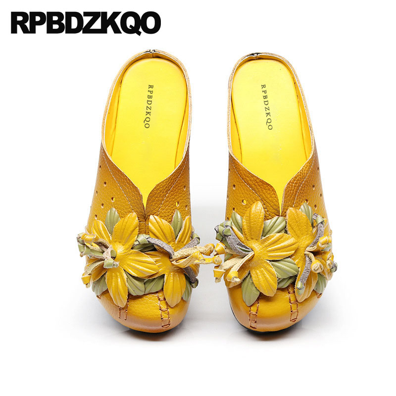 Large Size Yellow Floral Traditional Chinese Shoes Ethnic Flats Flower Elderly Round Toe Breathable Women Slippers Sandals Mules handmade cowhide hollow out white vintage traditional chinese shoes breathable ethnic flower floral slip on wedge women summer