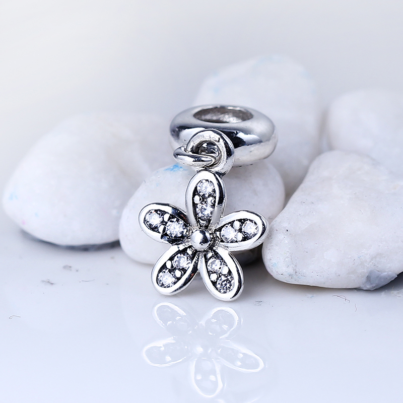 New Fashion DIY Jewelry Beads for Jewelry Making Daisy Silver Pendant Charms Fit Pandora Original Silver 925 Bracelets Gift