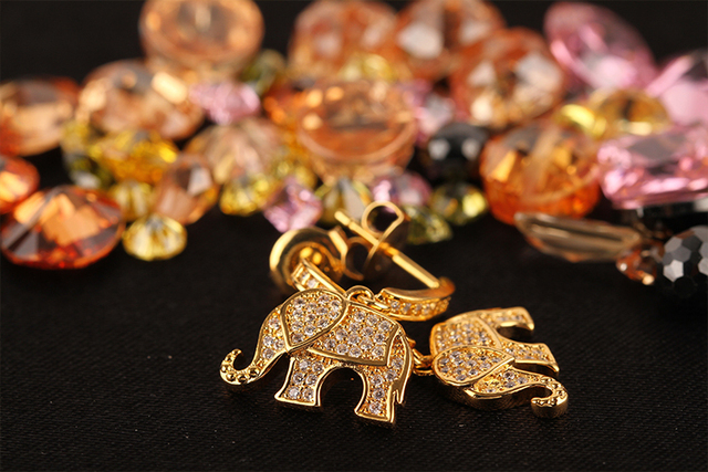 Fashion Brass Earrings from China Lovely Elephant Animal Hanging