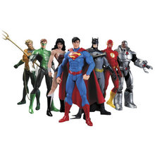Hot New 7 pz/set 17 centimetri Justice League Super Hero Avengers Ant-man Spider-man Superman Batman Action figure Giocattoli Bambola(China)