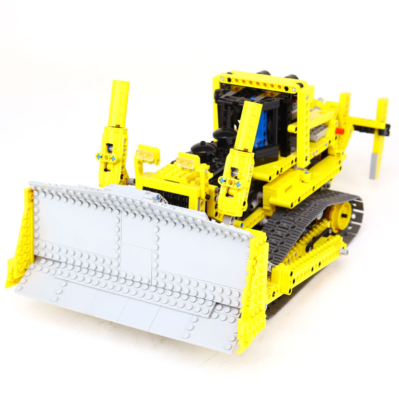 NEW LEPIN  technic series 1384pcs the bulldozer Model Building blocks Bricks kits Compatible LegoINGlys  8275 boy brithday gifts free shipping lepin 21002 technic series mini cooper model building kits blocks bricks toys compatible with10242