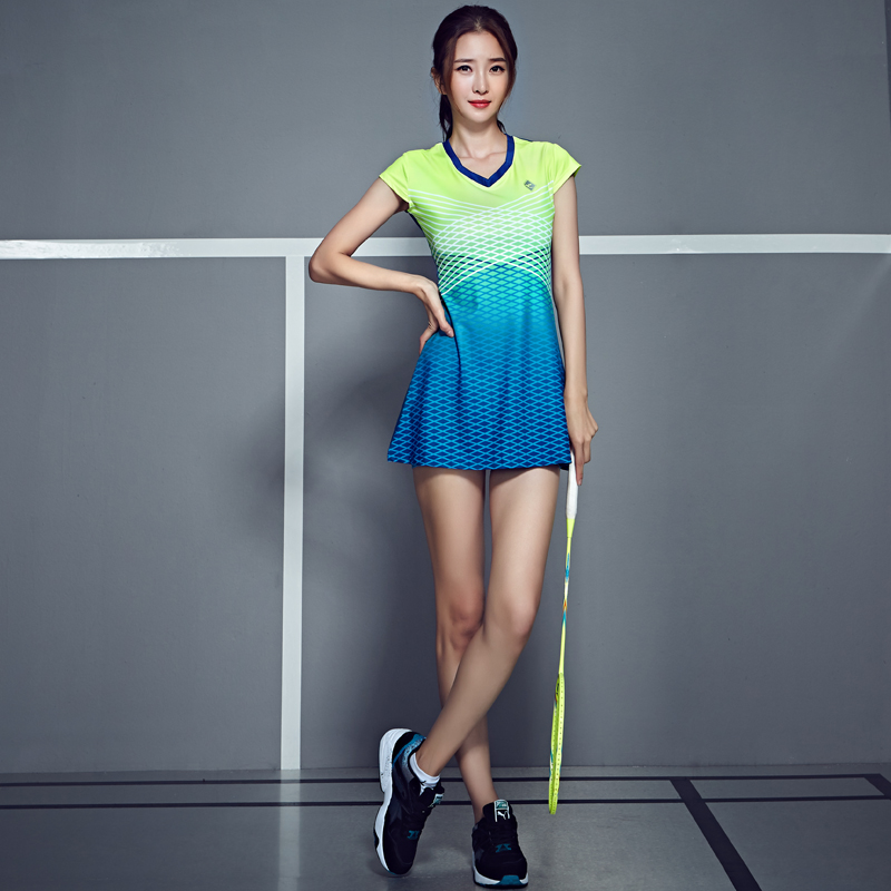 Women Racquet Sports Clothing Tennis Badminton Dress Set Quick Drying Tennis Sports Dress with Safety Shorts
