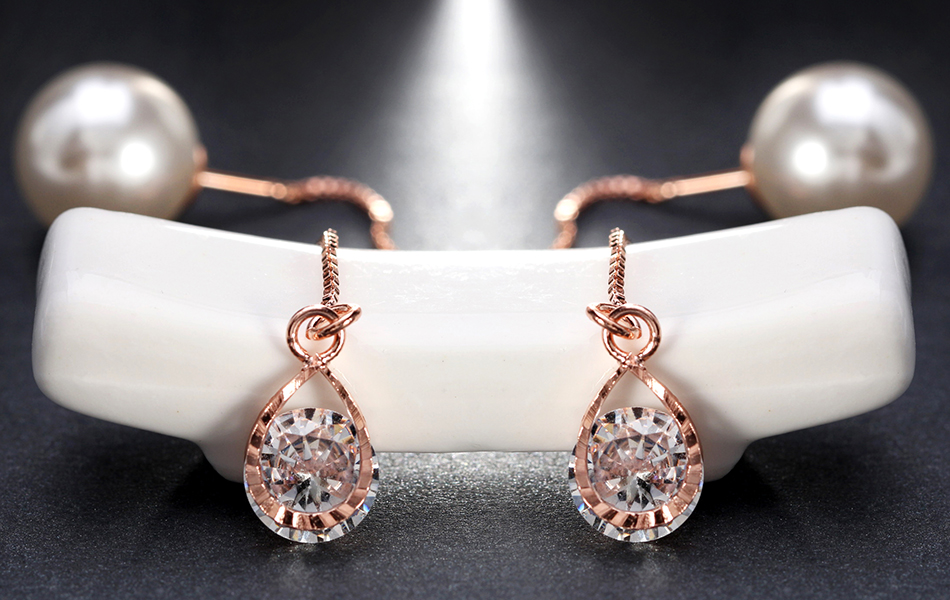 Effie Queen Fashion Cute Ear Wire Earrings Female Models Long Drop Crystal Imitation Pearl Jewelry Dangle Earrings Brincos DDE26 19