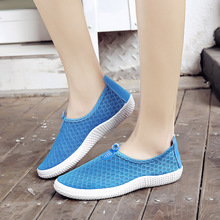 Unisex 2019 Summer New Women Shoes Flats Shoes Woman Loafers Casual Mesh Breathable Fashion Sneakers Slip-On Plus Size 35-44 unisex summer breathable mesh women shoes lightweight women s flats fashion women s casual shoes designer shoes loafers runner