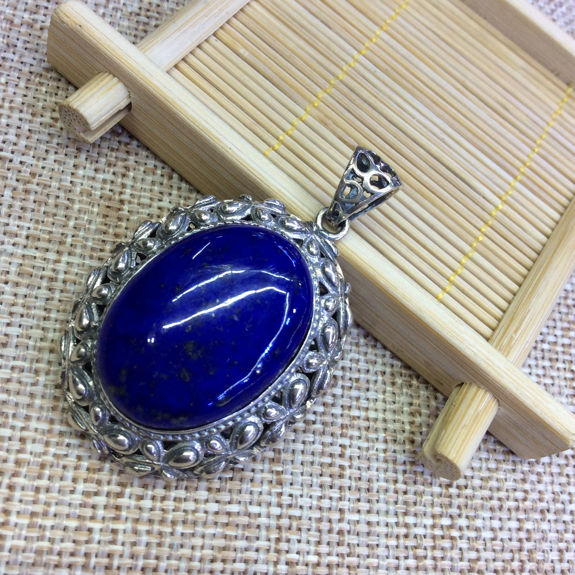 [S925] longnice silver silver Thai silver inlaid natural Lapis Butterfly Pendant ornaments Afghan side s925 sterling silver inlaid natural stone thai silver beautiful burning blue brooch female pendant new products