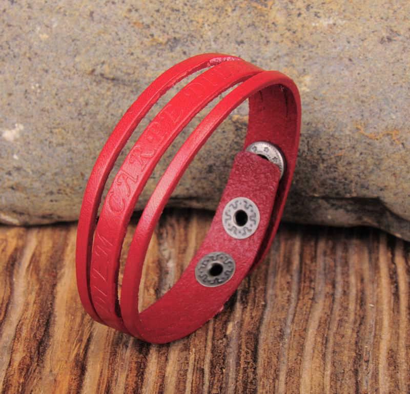 G491 frases rojas en relieve de cuero de vaca fresca pulseras pulsera brazalete Unisex