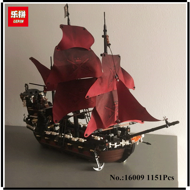 IN STOCK  LEPIN 16009 1151pcs Queen Anne's revenge Pirates of the Caribbean Building Blocks Set Compatible with 4195 lepin 22001 imperial warships 16009 queen anne s revenge model building blocks for children pirates toys clone 10210 4195