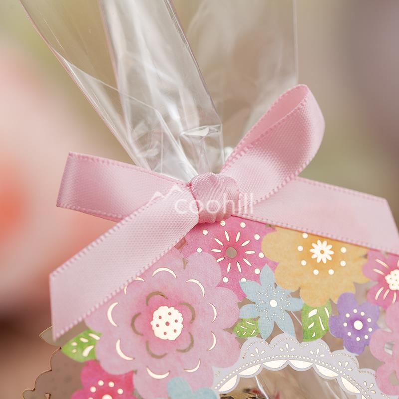 50pcs Hollow Flower Garden Wedding Candy Box Wedding Favors