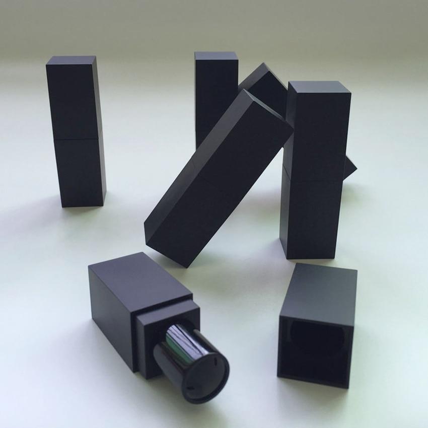 50st / lot 12.1mm fyrkantigt läppstift rör i frostat svart färg, - Hudvårdsverktyg