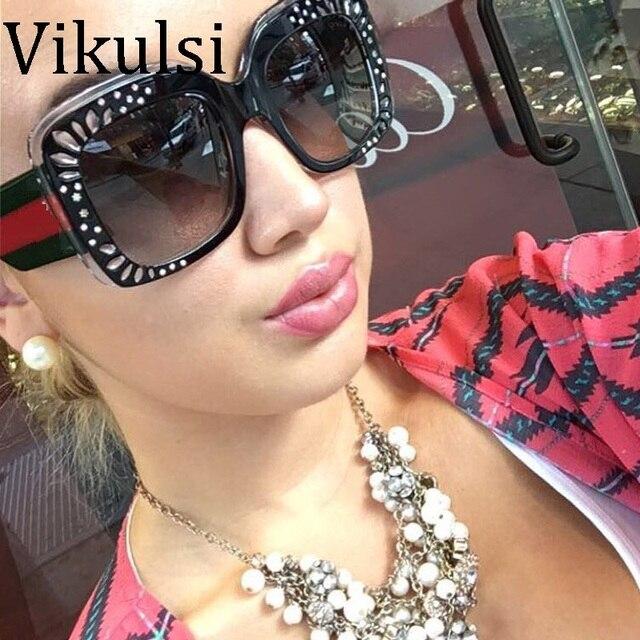bc52de3867b170 2018 Nouvelle Mode Rouge Vert Sexy Diamant lunettes de Soleil Femmes De Luxe  Italie Marque Surdimensionné