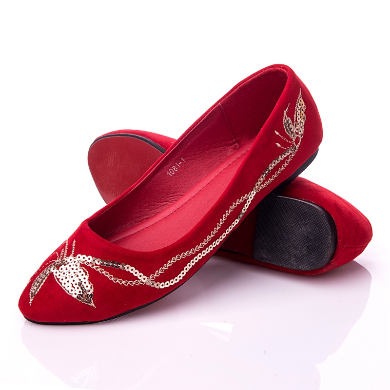 red flock flat bottom Bride Shoes golden Sequins Wedding Shoe Embroidery  comfortable shoes for women-in Women s Flats from Shoes on Aliexpress.com  18ab50f08bd7