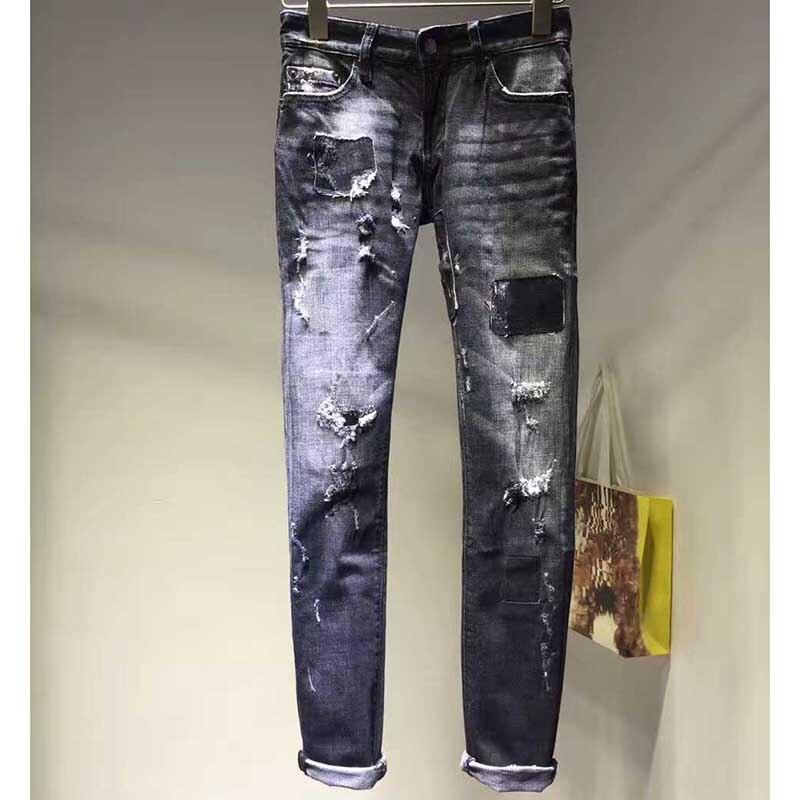 새로운 2017 여성 청바지 캐주얼 패션 짙은 회색 청바지 구멍 면화 중반 허리 찢어진 청바지 여성용 바지 스키니 청바지-에서청바지부터 여성 의류 의  그룹 1