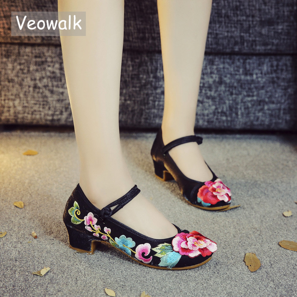 Veowalk 3D Floral Embroidered Women Flannel Cotton Block Heel Mary Jane Shoes Chinese Style Ladies Low