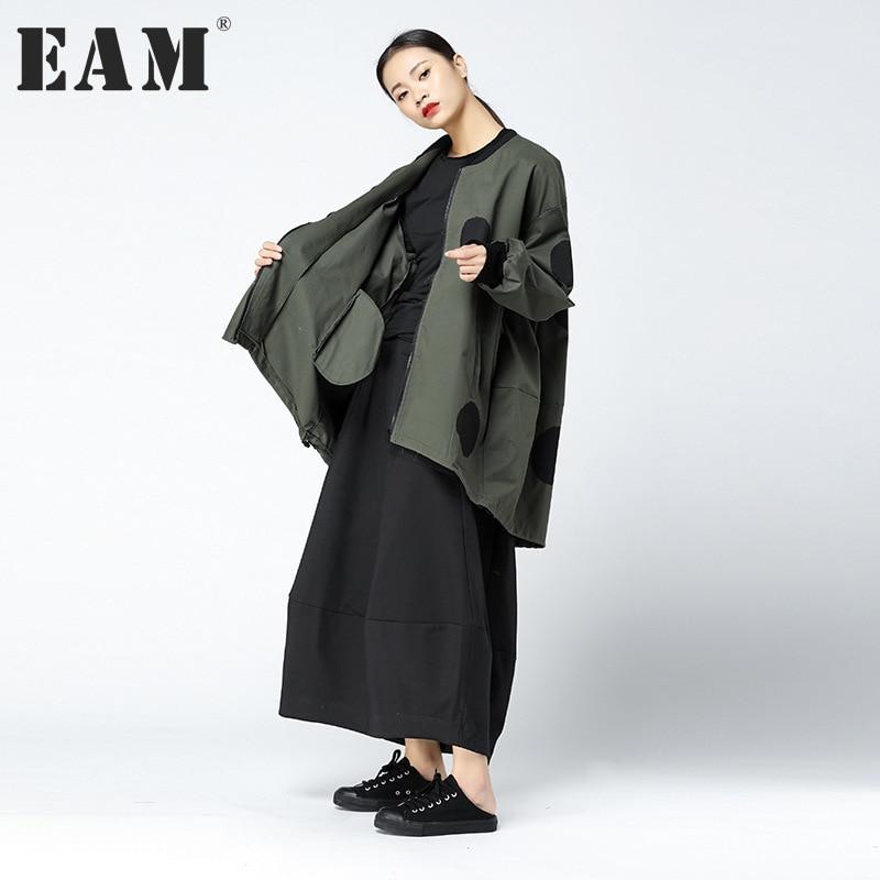 [EAM] 2017 Autumn Winter Fashion New Polka Dot Point Long Sleeve Irregular Loose Coat Personality Tide Jacket Womne YA630