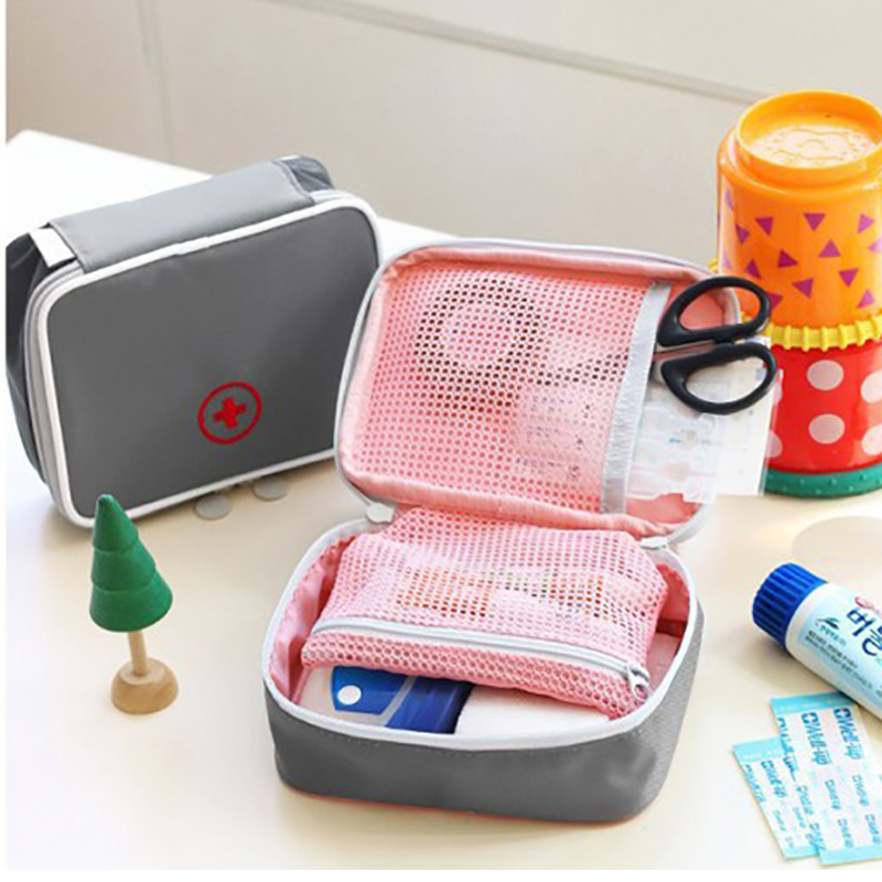 Mini First Aid Kit Outdoor Medical Portable Travel Medicine Package Emergency Bags First Aid Kit Outdoor Small Storage Organizer