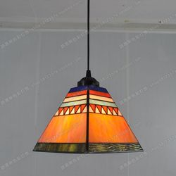 Hiszpański styl żyrandol Tiffanylamp mała restauracja z barem sztuki pokój słoneczny okna i oświetlenie przeszklone kawiarnia żyrandol w Wiszące lampki od Lampy i oświetlenie na
