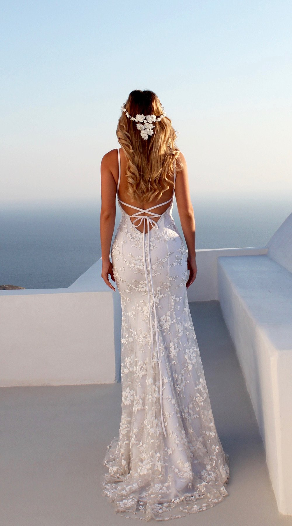 Elegant Deep V Neck Backless Sleeveless White Dress