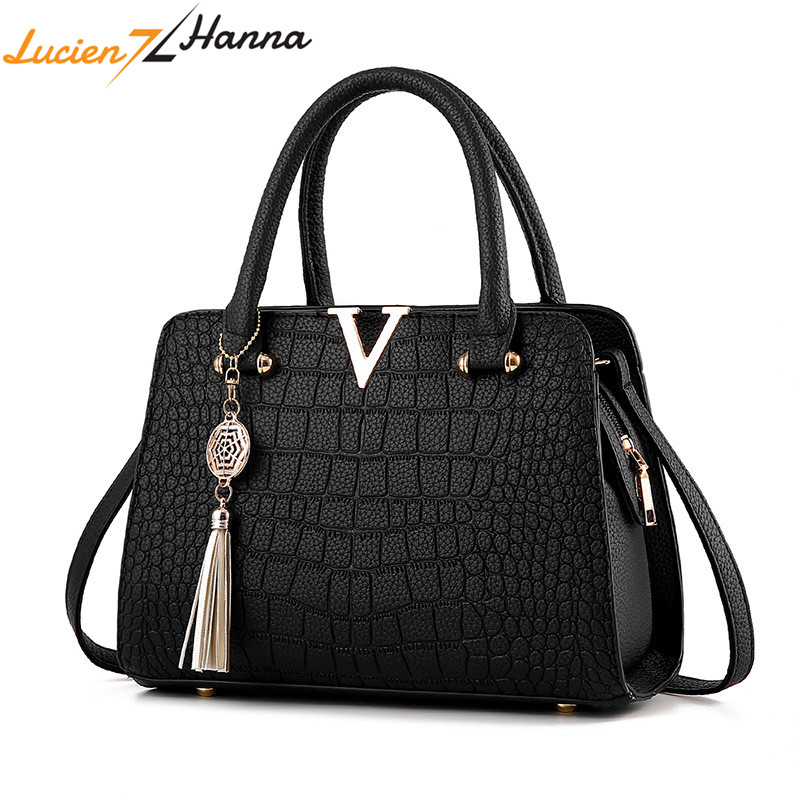 Crocodile Leather Women Bag Handbags V Letter Fringed Pendant Luxury Designer Alligator Ladies Crossbody Messenger Shoulder Bags