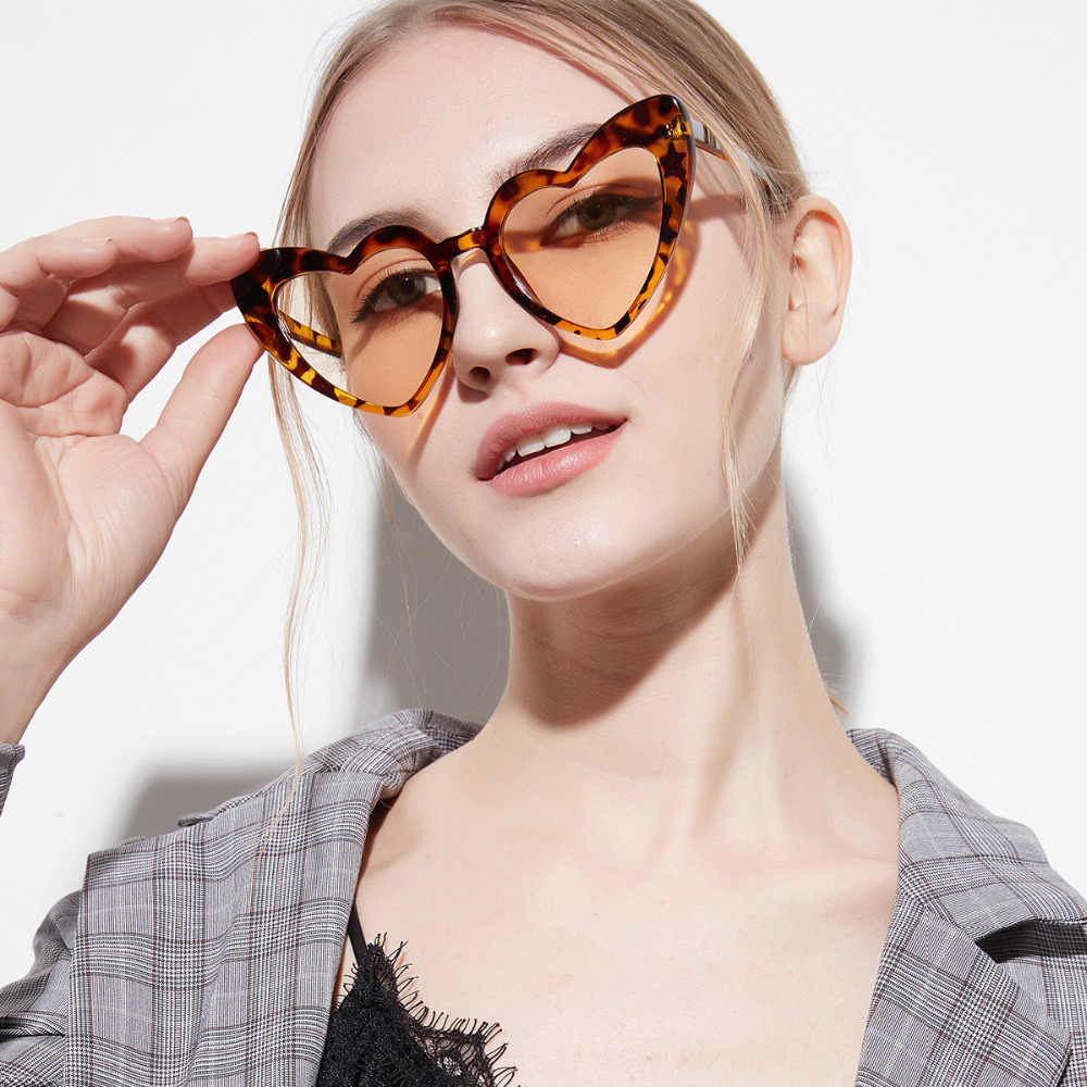 34a1e1c598cc ... UVLAIK 2018 Любовь Сердце Солнцезащитные очки для женщин для милый  сексуальный ретро кошачий глаз защита от ...