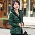 Зимняя куртка с капюшоном куртка женщин вниз хлопка-ватник короткий тонкий женщин зимнее пальто верхняя одежда куртка