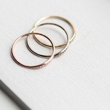 MJARTORIA 2018 New Design Small Cute Rose Gold Color Crystal Wedding Rings For Women Jewelry Round Simple Fashion Party Gifts
