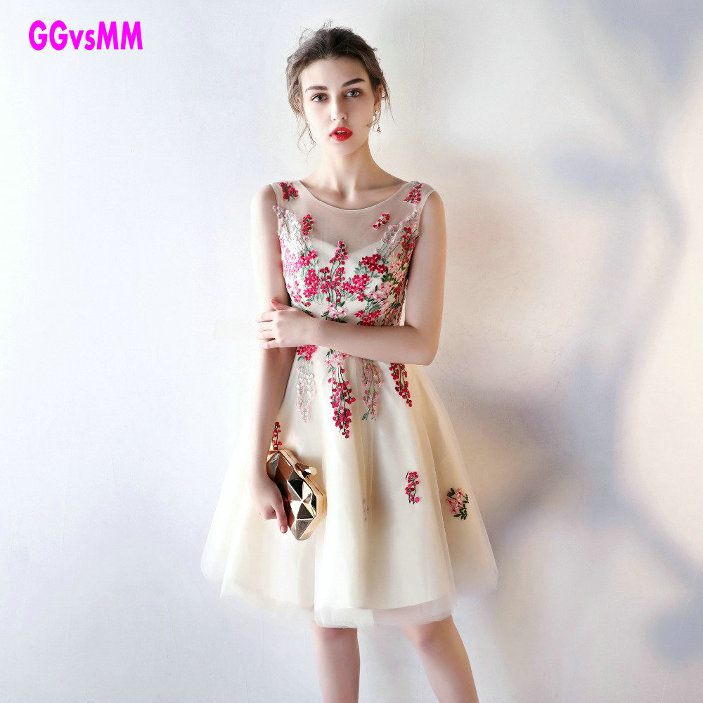 Sexy Champagne   Prom     Dresses   short 2018 Cheap   Prom     Dress   Scoop Tulle Appliques A-Line Knee-Length Homecoming Party Gown Cocktail