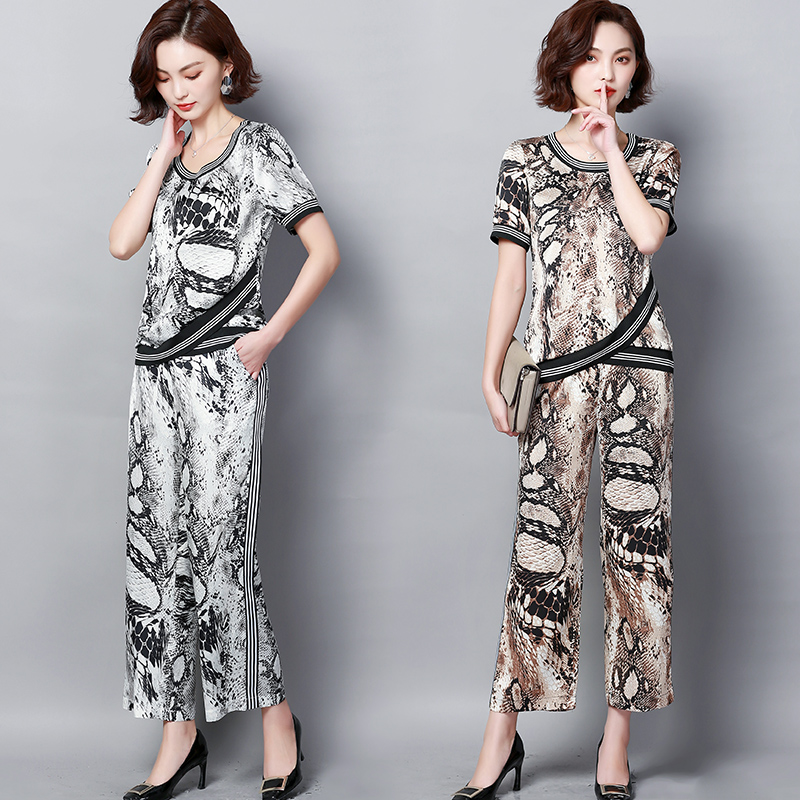Plus Size Summer Snake Printed Two Piece Sets Women Short Sleeve Tops And Wide Leg Pants Suits Casual Elegant Korean Womens Set 39
