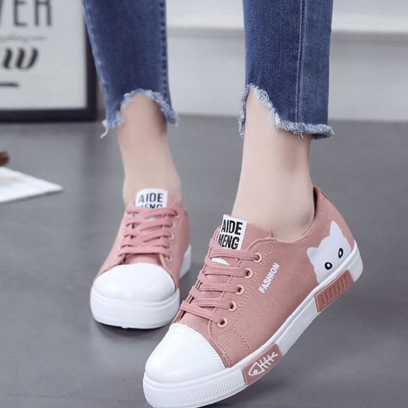 Women Flat Cartoon Canvas Shoes 2019 New Summer White Lace Up Student Board Shoes Ladies Casual Shoes Female Sneakers