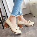 2016 primavera / outono moda apontado toe mulheres salto quadrado casuais sapatos de borracha de salto alto sapatos de tamanho grande sólida sapatos de tamanho grande