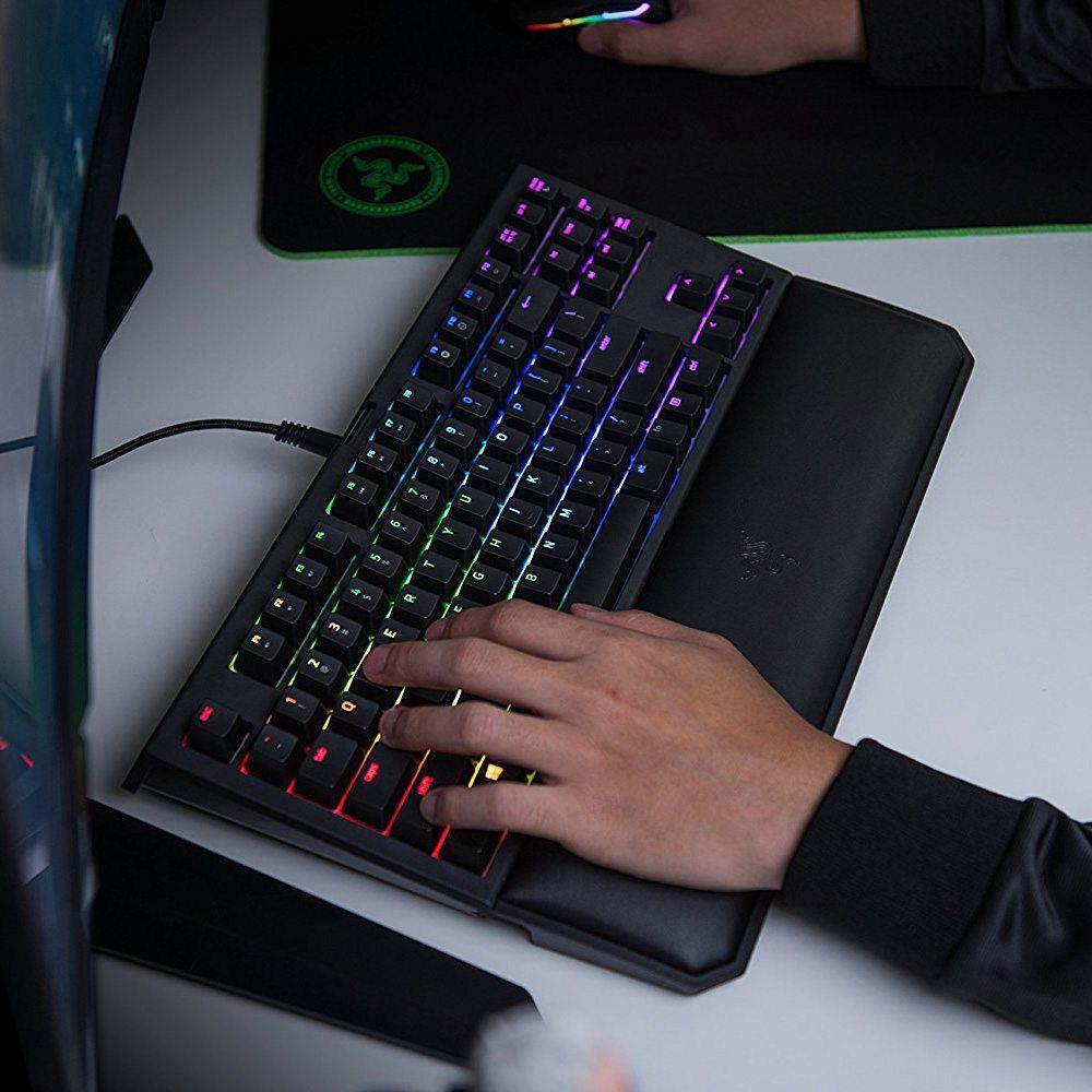 Razer blackwidow chroma v2 tournament edition green switch