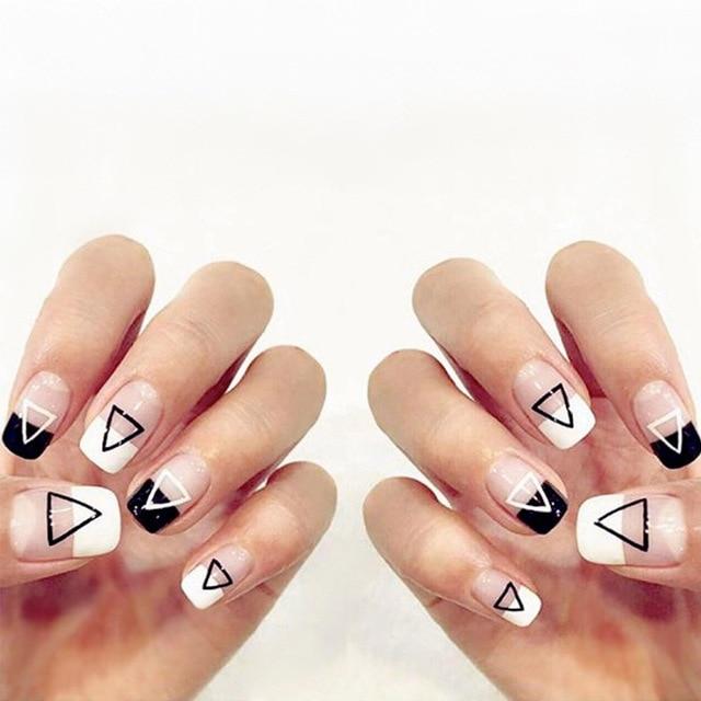 24pcsset Black White Triangle French False Nails Trendy Geometric