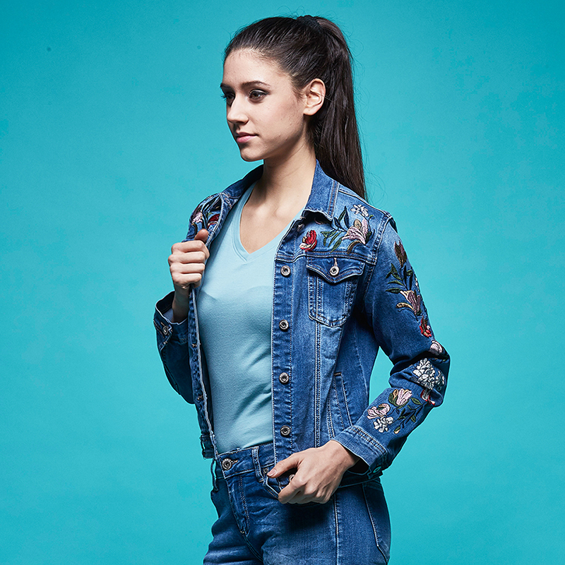 90e7d28b50f3d Aliexpress.com   Buy GLO STORY Women s 2018 Spring New Jean Jackets Women  Sleeve Floral Embroidered Denim Jacket Coats WFY 5860 from Reliable Basic  Jackets ...
