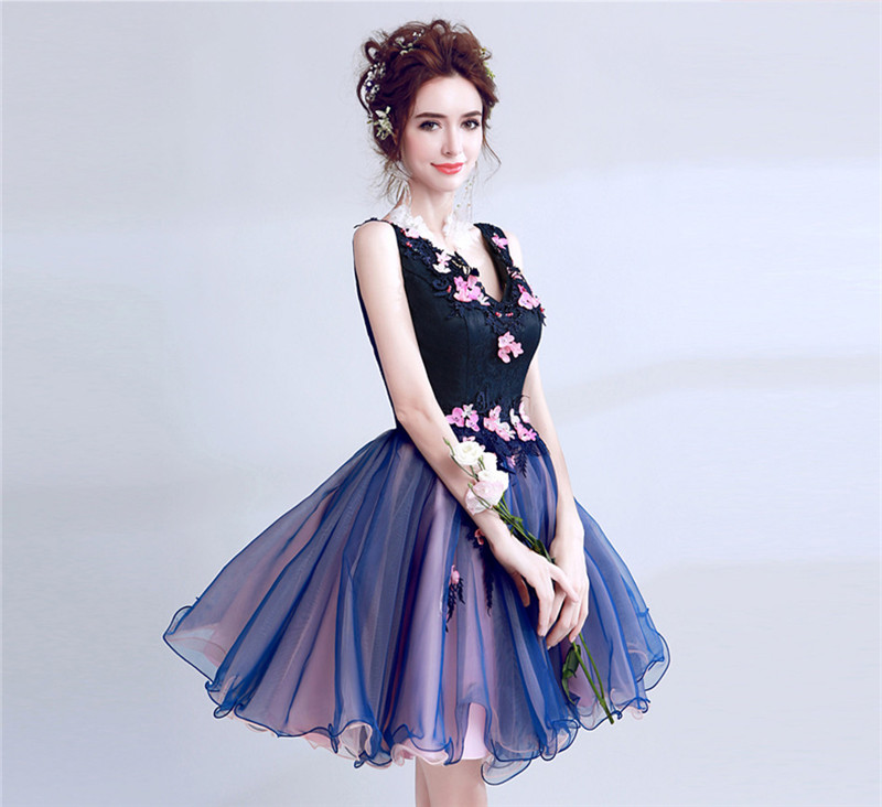 Purple Sexy Ball Gown V neck Lace Flowers Appliques Pearls Short Evening Dresses Bride Banquet Party