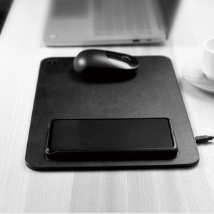 Image 2 - Коврик для мыши Xiaomi MIIIW QI, коврик для беспроводной зарядки из поликарбоната для iPhone, Samsung, Xiaomi, Huawei, быстрое зарядное устройство