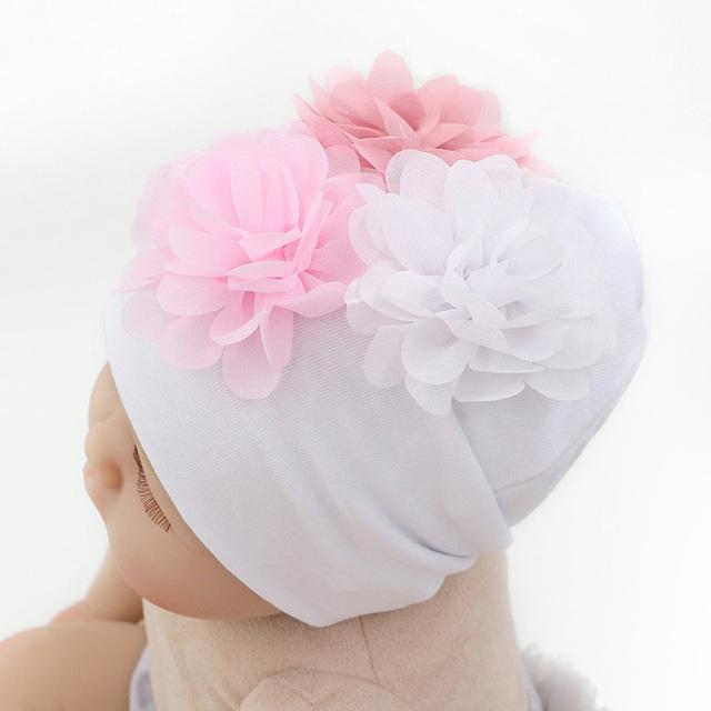 GZHilovingL 2018 New Soft 100 Cotton Flower Hat For Newborn Baby Boys Girls Kids Warm White Beanie Hat Baby Newborn Accessories