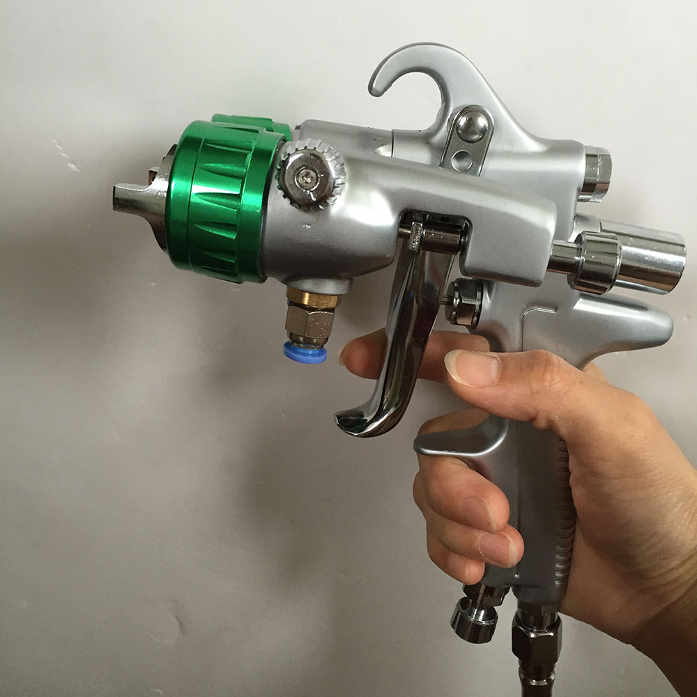 цена на SAT1189 dual nozzle spray gun pressure feed pneumatic paint sprayer professional double nozzle chrome paint pneumatic spray gun