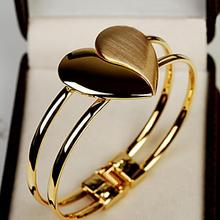 Promotion 2016 New Crystal Charm Heart Bangle Gold Color Love Bracelets Bangles for Women Fashion Cuff Bracelets