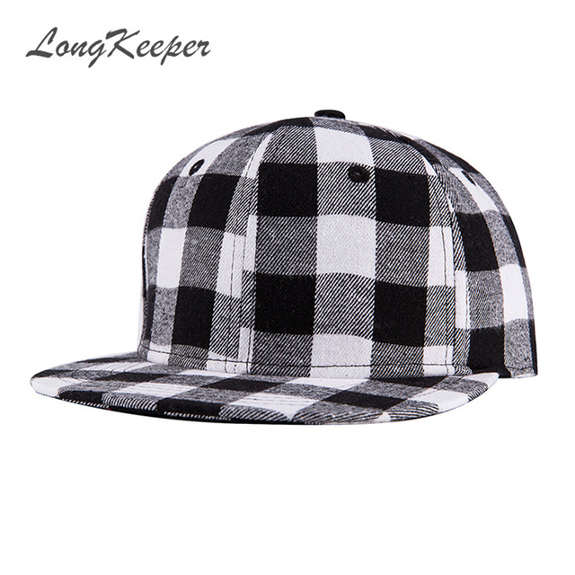 LongKeeper Cassic Black White and Red black Plaid Canvas Cotton Adjustable  Snapback Caps For Men Women Baseball Caps bdf576825d3f
