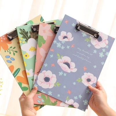 1 pcs A4 Flowers Printed Clipboard as Writing Pad for School Office Writing Supplies , Document Paper Clips