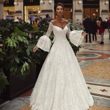 Sofuge bridal 2019 ins hot v-neck flare sleeve wedding dress a-line cut-out long sleeve back lace-up bow applique bridal dress cut out bow back dip hem top