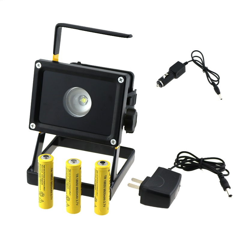Portable 10W Rechargeable Led Floodlights White Light LED Flood Lamp Outdoor Garden Lighting + 3x 18650 Battery + 2x Charger
