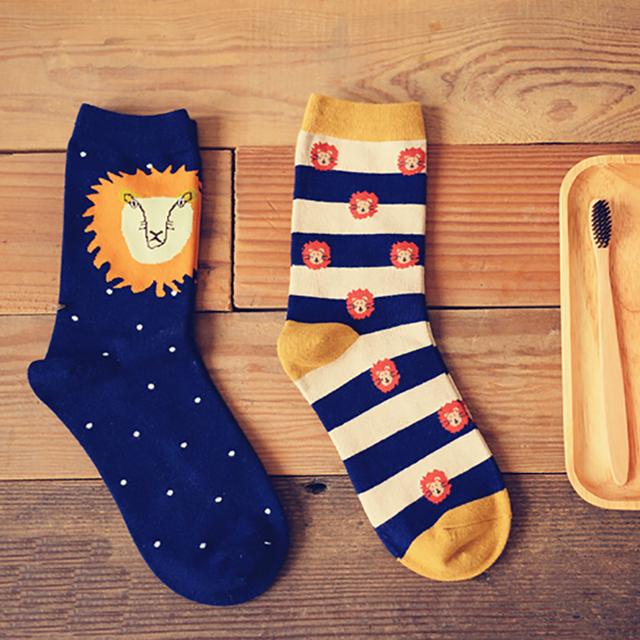 OtherLinks 3 unids/set Impresión de la Historieta del Algodón Calcetines Calcetines de Moda Femenina de Impresión Creativa Linda Delgada 2017: León, Chick, Vidrio azul y Sombrero