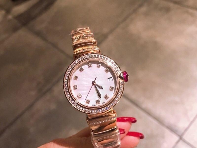 WG04389   Womens Watches Top Brand Runway Luxury European Design  Quartz WristwatchesWG04389   Womens Watches Top Brand Runway Luxury European Design  Quartz Wristwatches