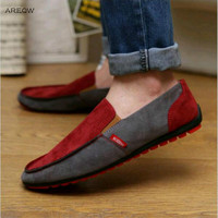 New Brand Fashion Summer Style Soft Moccasins Men Loafers High Quality Genuine Leather Shoes Men Flats